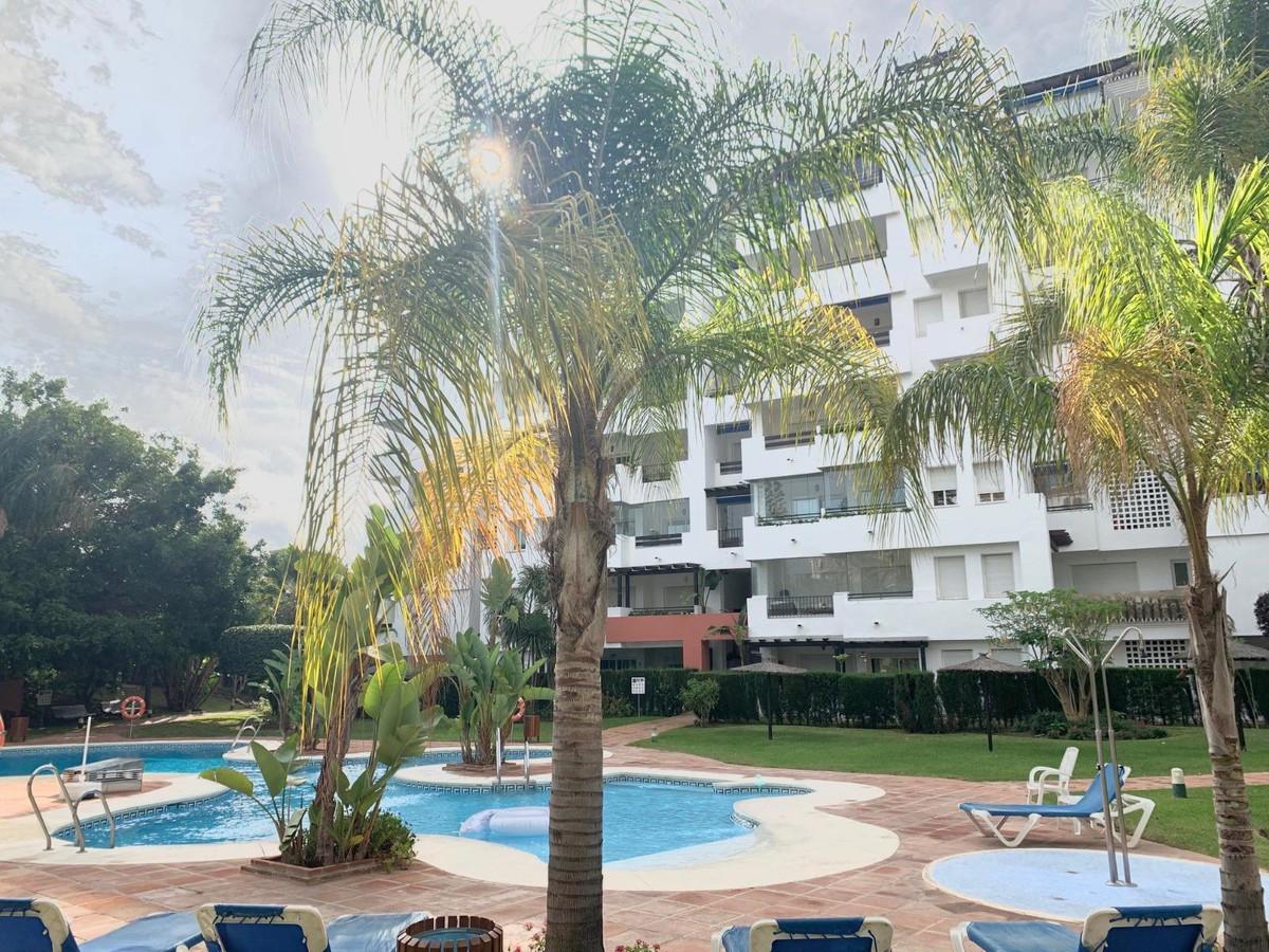 Apartamento en Venta en Puerto Banús – R3644942