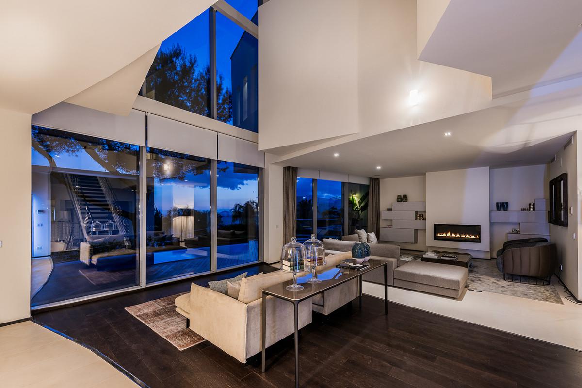 Villa – Chalet en Venta en Sierra Blanca – R3660593