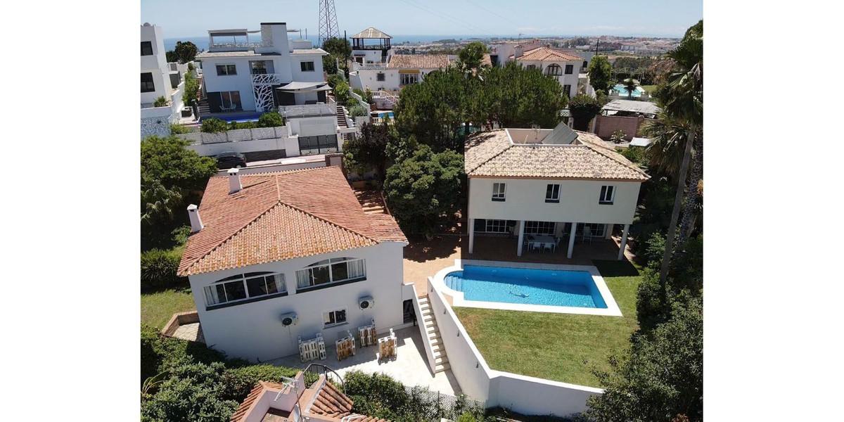 Marbella Banus Villa – Chalet en Venta en Nueva Andalucía – R3537190