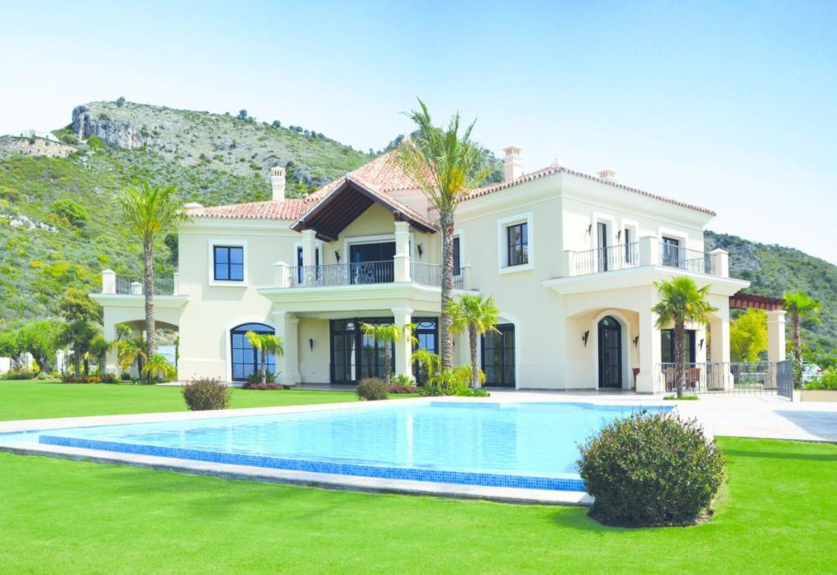 RECENTLY REDUCED FOR A QUICK SALE  PRIVACY AND DISCRETION ASSURED. PARADISE OVERLOOKING THE MEDITERR,Spain