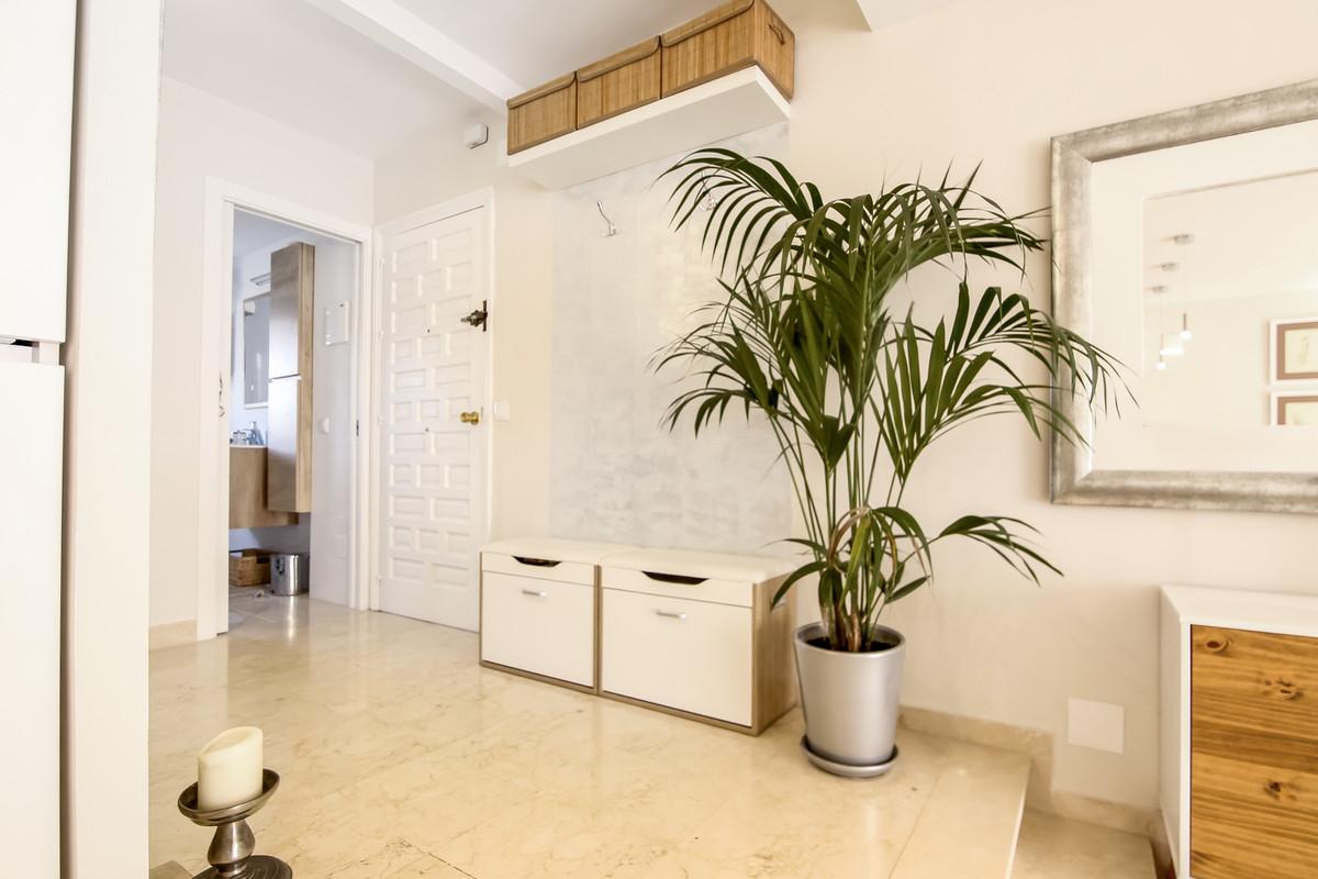 R3641297 | Top Floor Apartment in Benahavís – € 165,000 – 1 beds, 1 baths