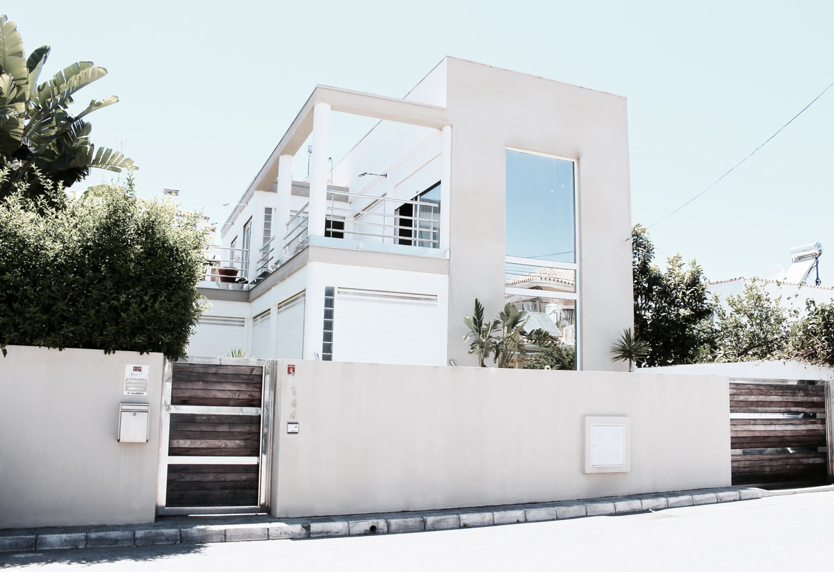 Villa – Chalet en Venta en San Pedro de Alcántara – R3474049