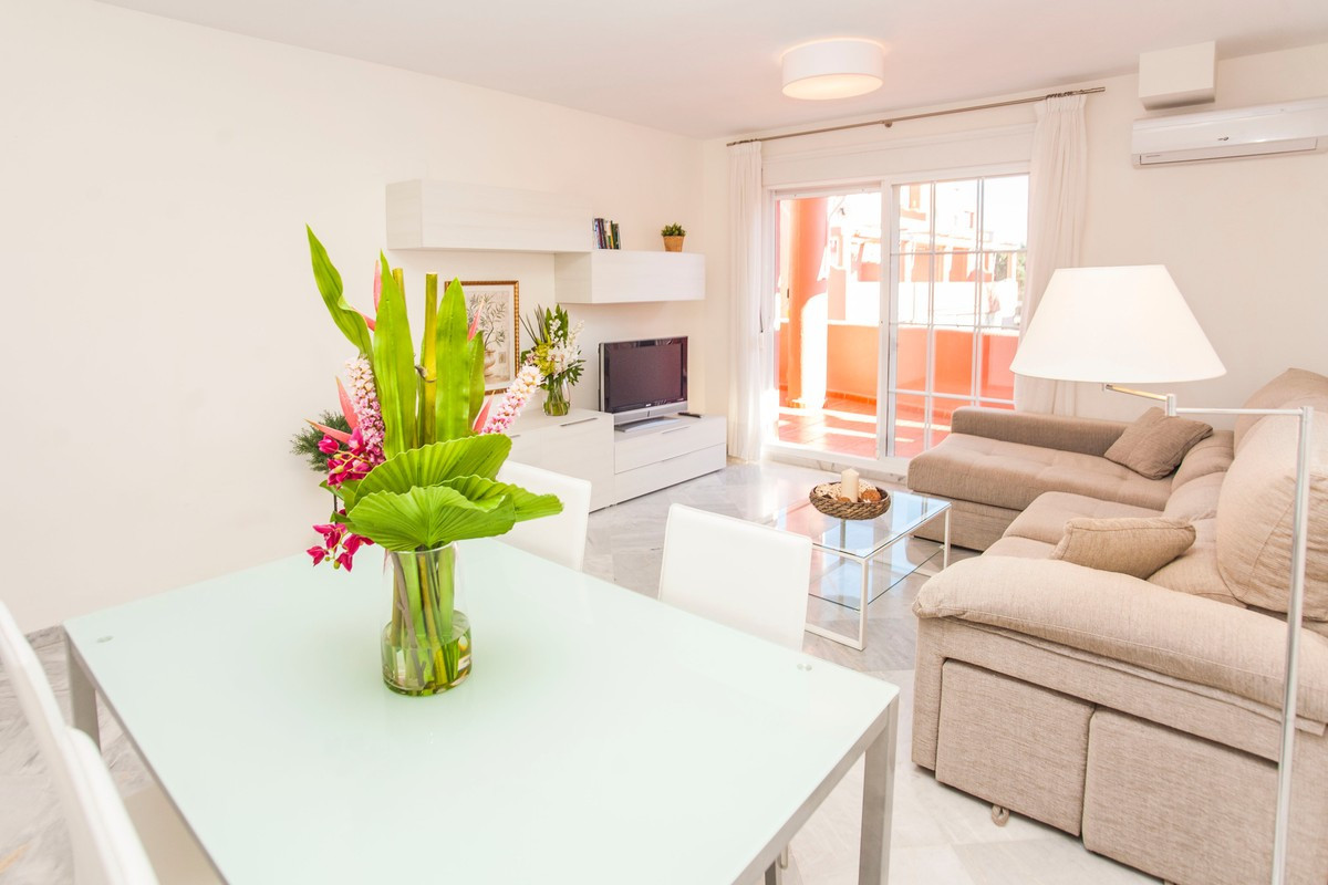 Apartment  Middle Floor for rent  in Marbella