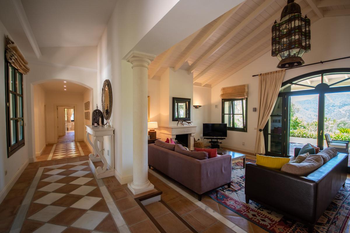 3 Dormitorio Chalet En Venta - La Zagaleta, Benahavis