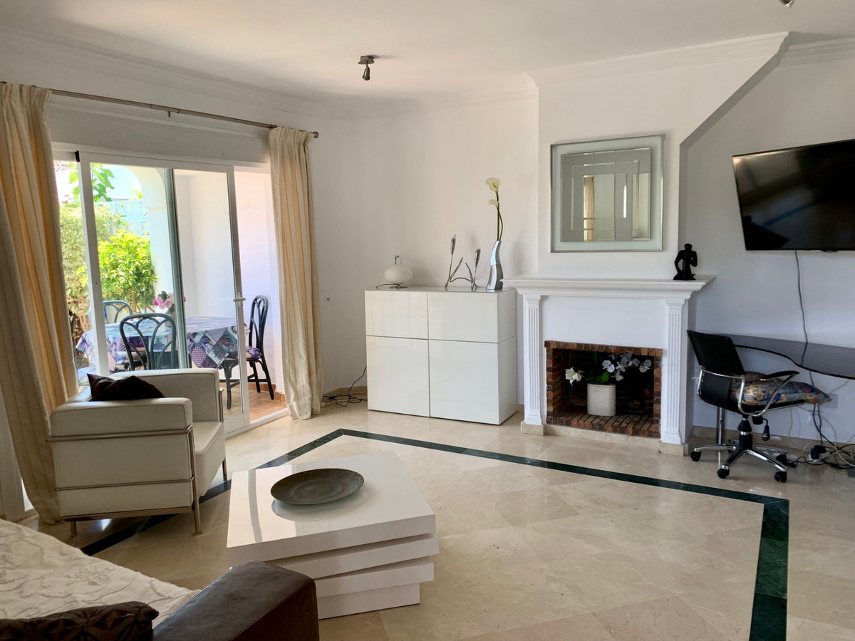 Townhouse in Benamara with southwest orientation and distributed on two floors. On the first floor t,Spain