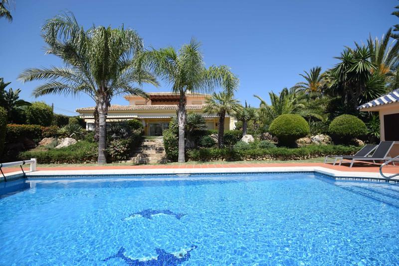 Homewatch Immobilien - Verkauf und Vermietung an der Costa ...