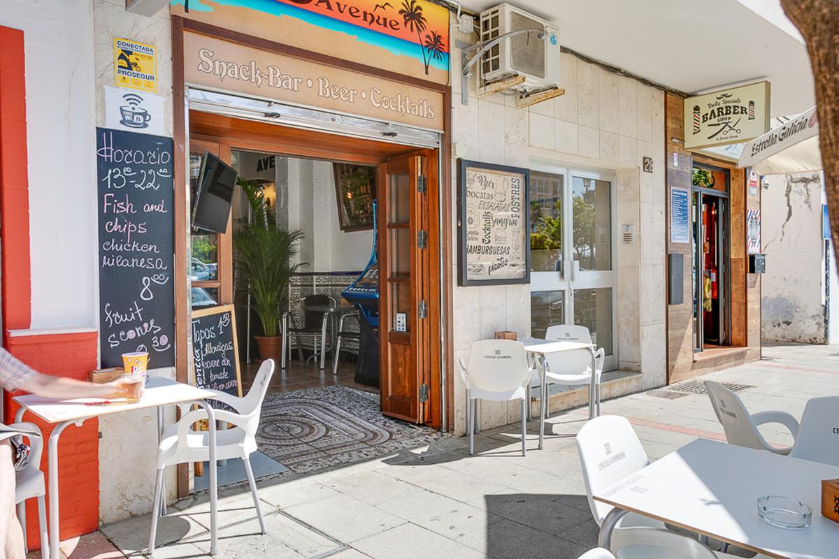 Leashold- 45,000 euros and then 500 euros per month rent.  Bar, Estepona, Costa del Sol. 1 Bedroom, ,Spain