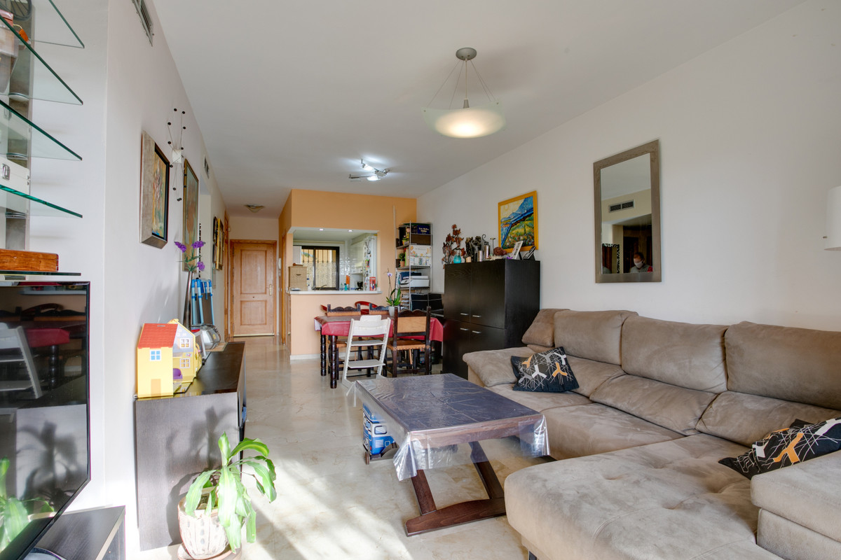 2 Bedroom Apartment for sale Selwo