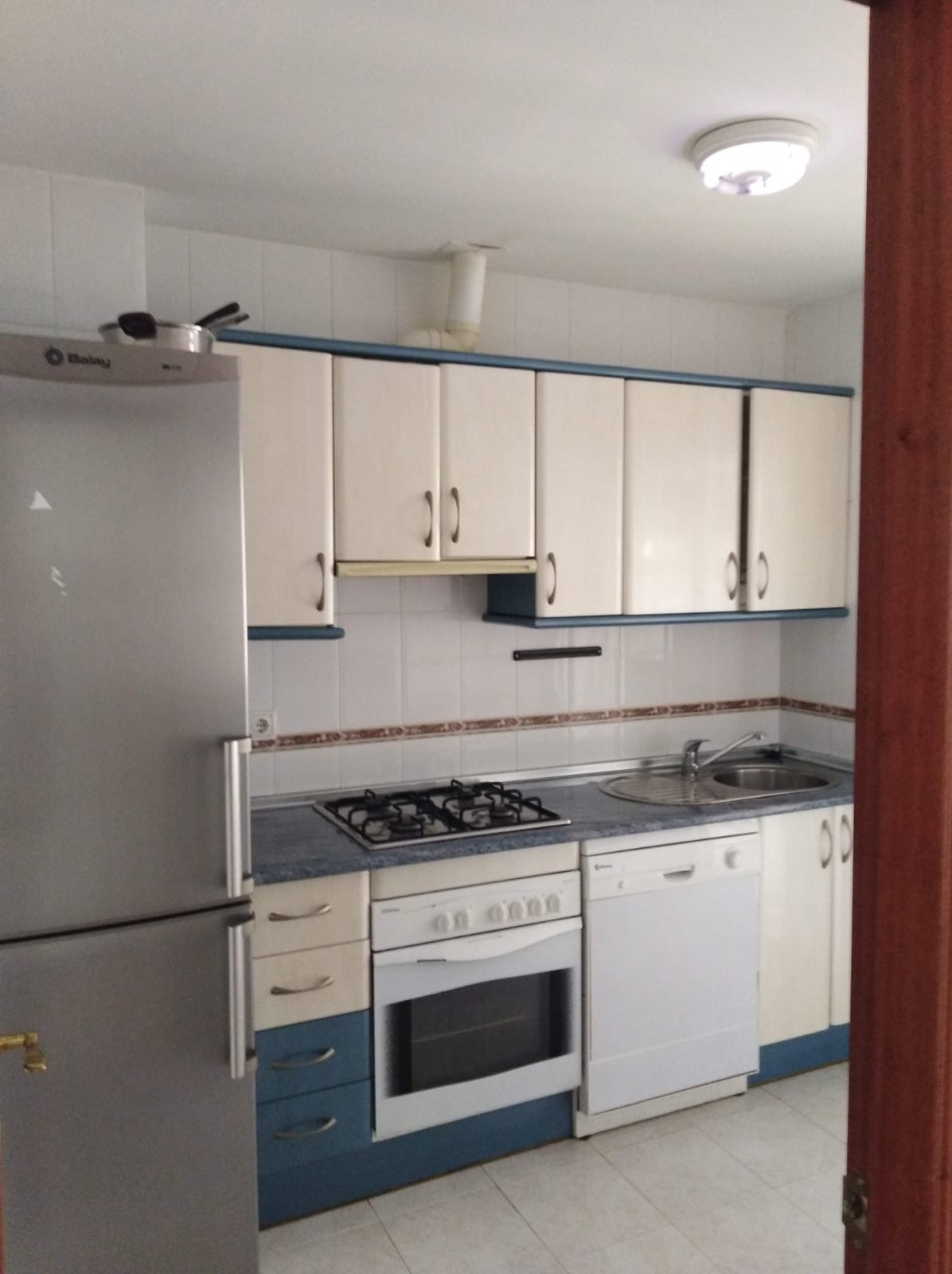 1 Bedroom Middle Floor Apartment For Sale Estepona