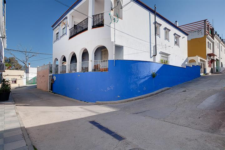 Apartment for sale in San Enrique, Costa del Sol