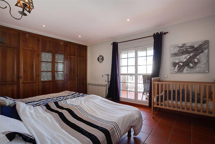R3042695: Apartment for sale in San Enrique