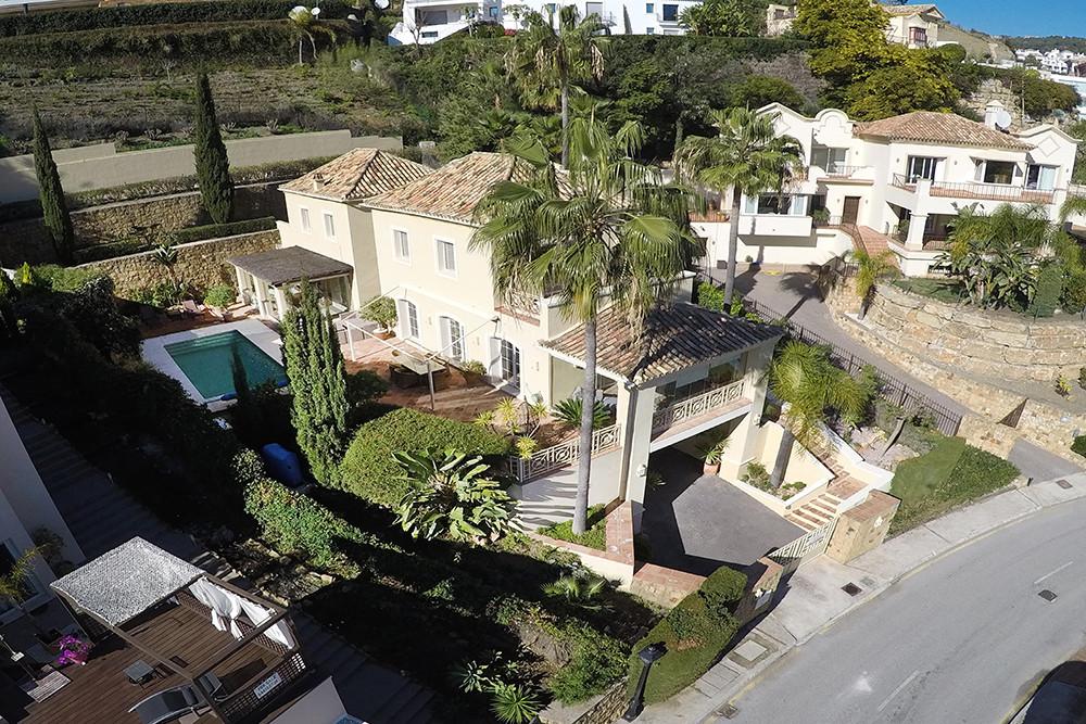 Villa 4 Dormitorios en Venta Los Arqueros