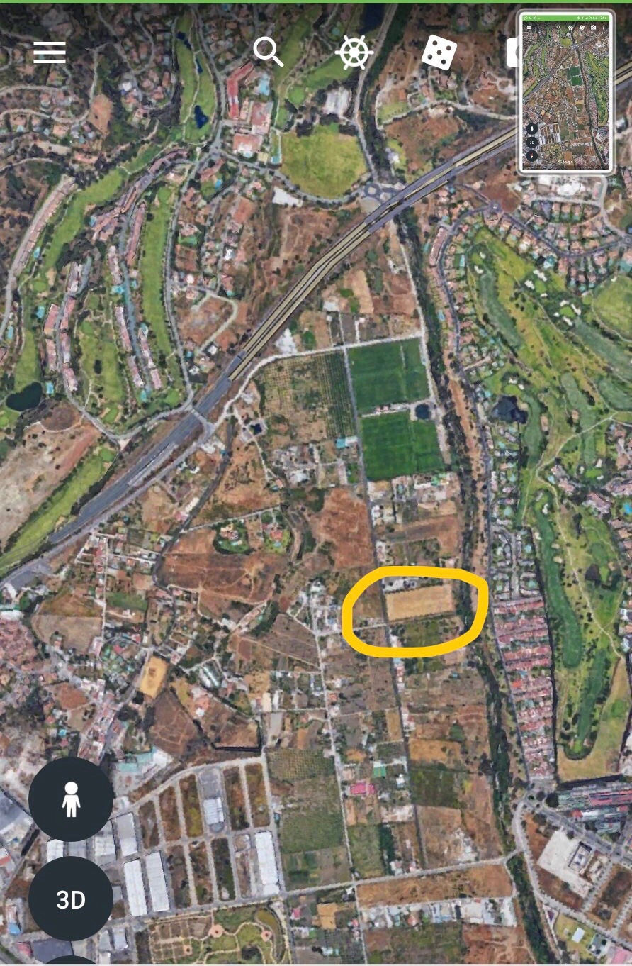 It is a practically horizontal land and has the shape of a rectangle. Occupies an area of 9535 squar,Spain