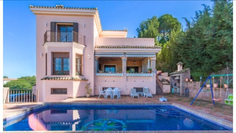 Large family home close to the golf course Valderama and international school of Sotogrande. This sp,Spain