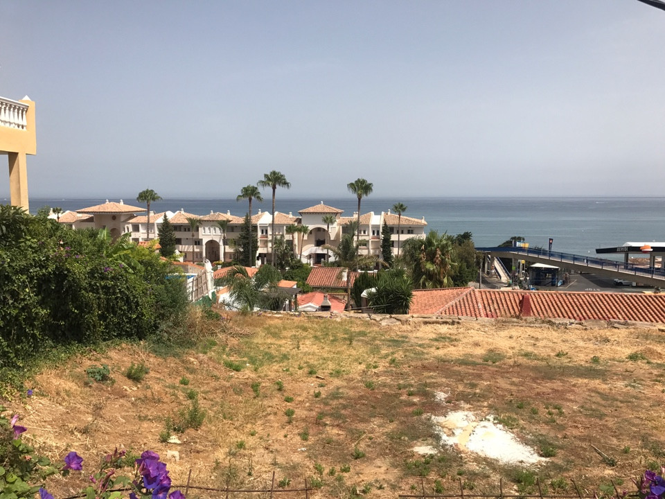 Residential Plot, Estepona, Costa del Sol. Garden/Plot 741 m². Setting : Close To Sea, Close To Scho, Spain