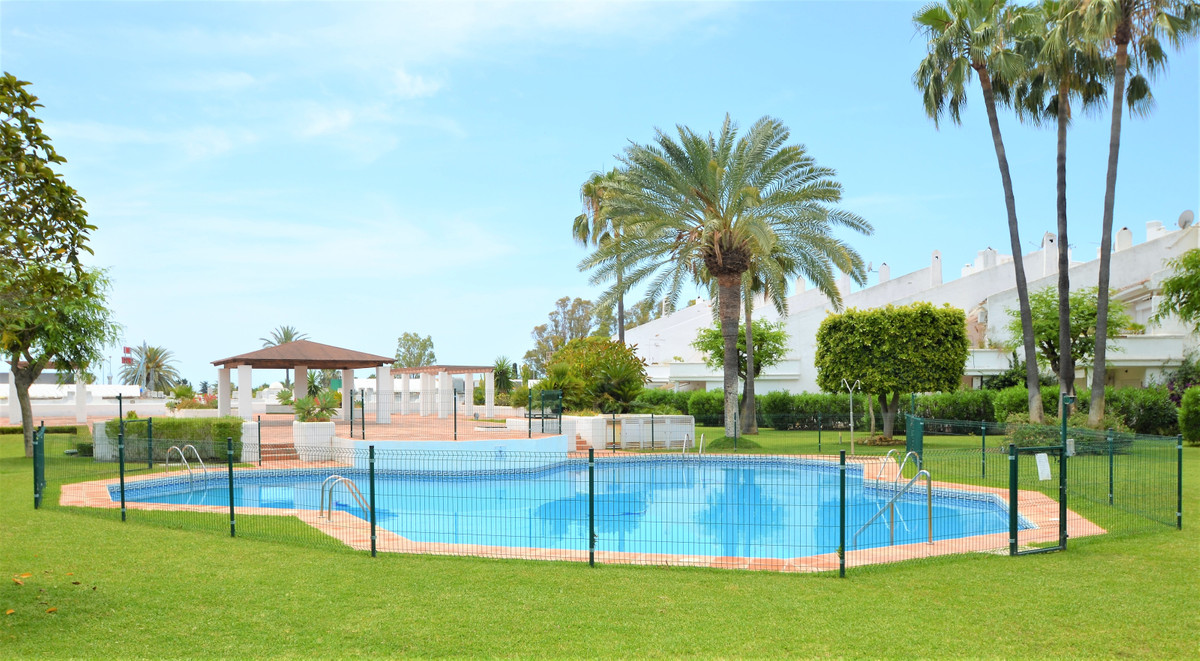 FANTASTIC DUPLEX TOWNHOUSE, WITH PRIVATE GARDEN, OPEN AND COVERED TERRACE, south facing with abundan,Spain
