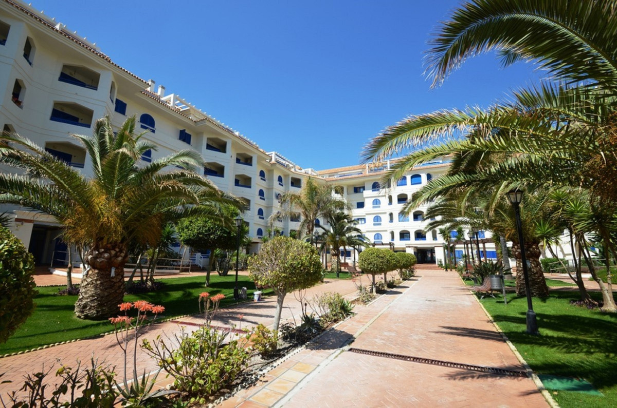 Ref:R3569035 Apartment For Sale in San Luis de Sabinillas