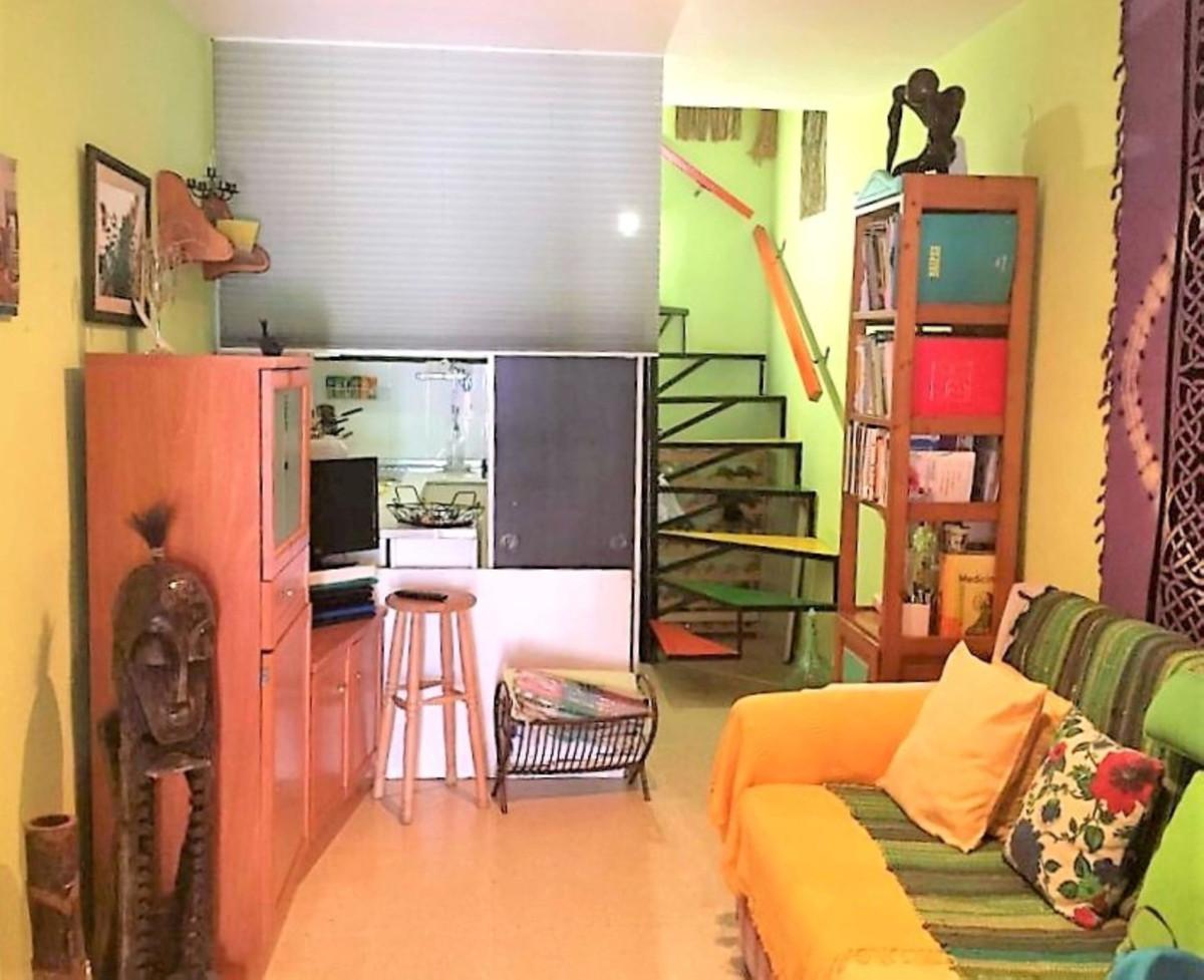 Maison Jumelée  Mitoyenne en vente   à La Duquesa