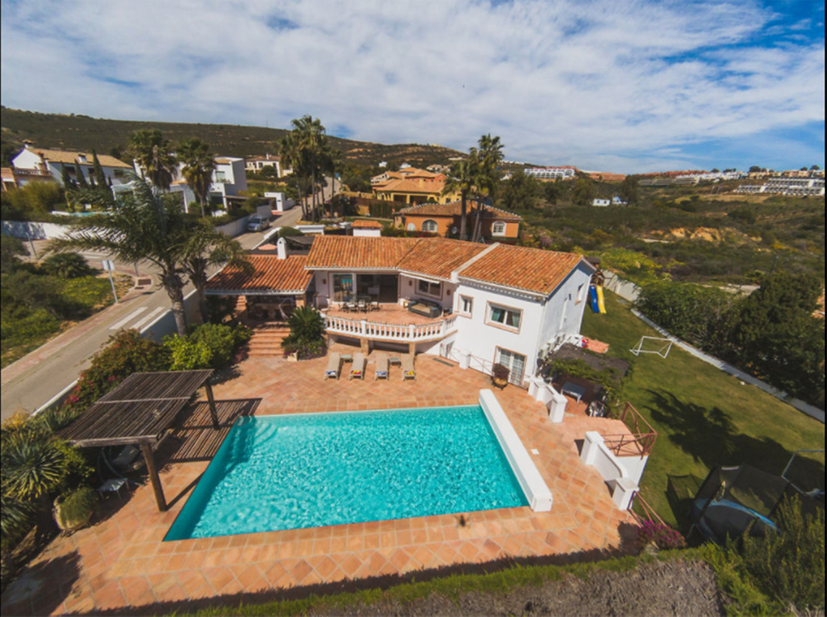 BEAUTIFUL VILLA of attractive style and excellent qualities, very well built. The house is distribut,Spain