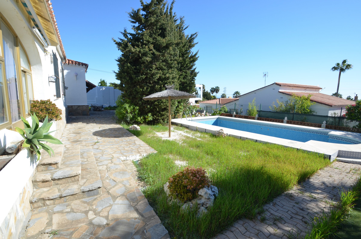 House - La Duquesa - R3583852 - mibgroup.es
