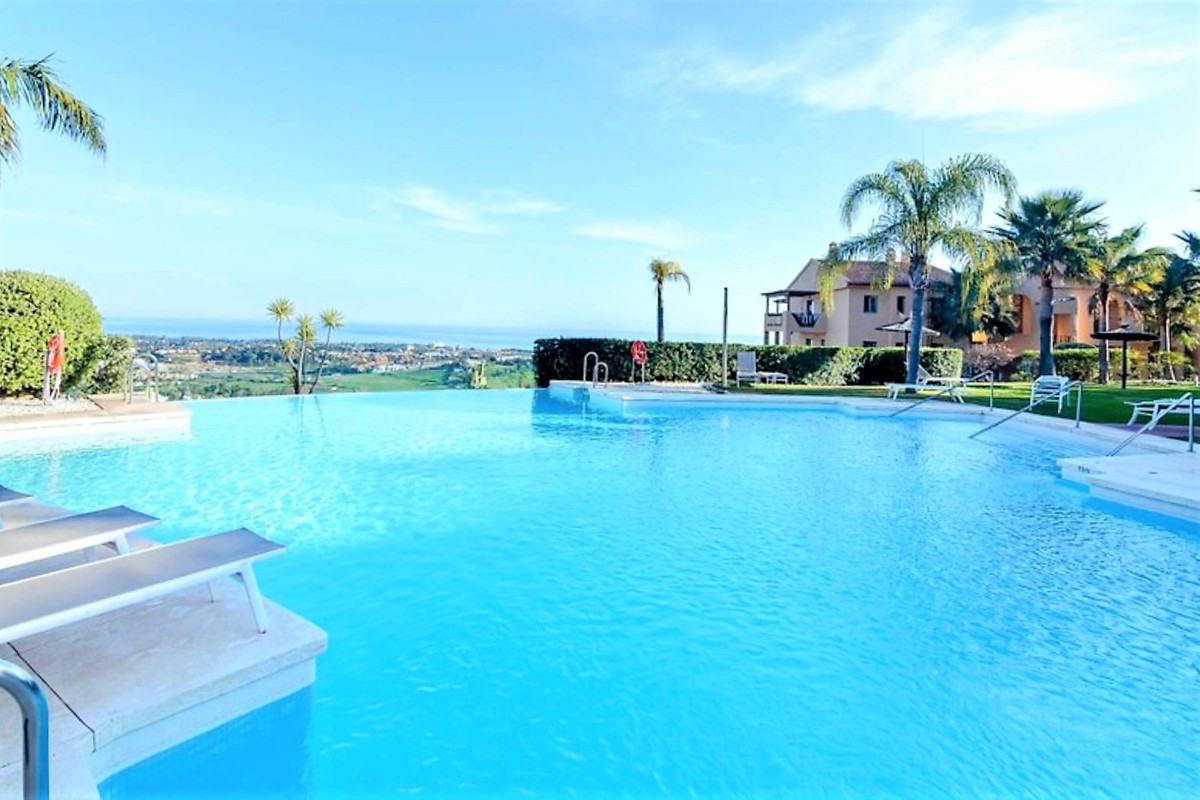 MAGNIFICENT APARTMENT WITH GREAT VIEWS OVER THE MEDITERRANEAN SEA, GIBRALTAR AND AFRICA, with south ,Spain