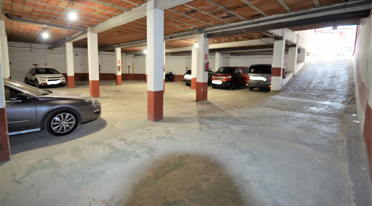 LARGE GARAGE WITH 14 PARKING SLOTS AND FIVE STORAGE ROOMS DOWNTOWN SAN PEDRO DE ALCANTARA, with dire,Spain