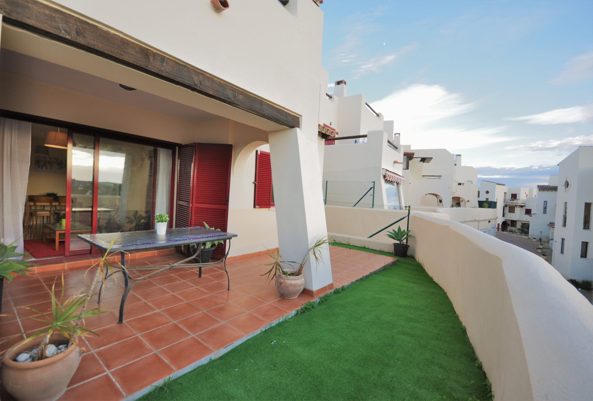 FABULOUS GROUND FLOOR APARTMENT ON ELEVATED POSITION, TOTALLY FURNISHED, READY TO LIVE IN, UBICATED , Spain