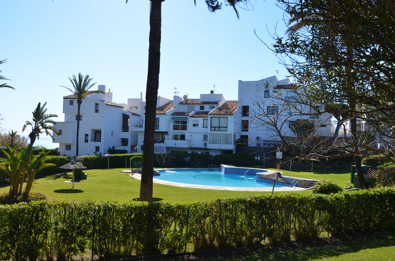 Detached Villa - Estepona - R3451570 - mibgroup.es