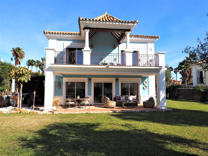Detached Villa - La Duquesa - R3597284 - mibgroup.es