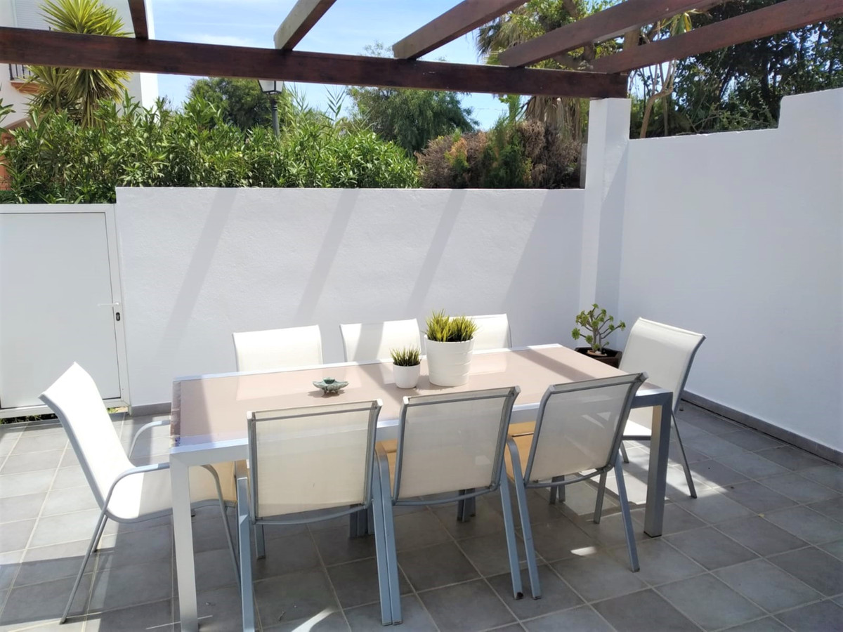 Attractive townhouse on the 2nd LINE OF THE BEACH. In a beautiful urbanization of Casares costa that,Spain