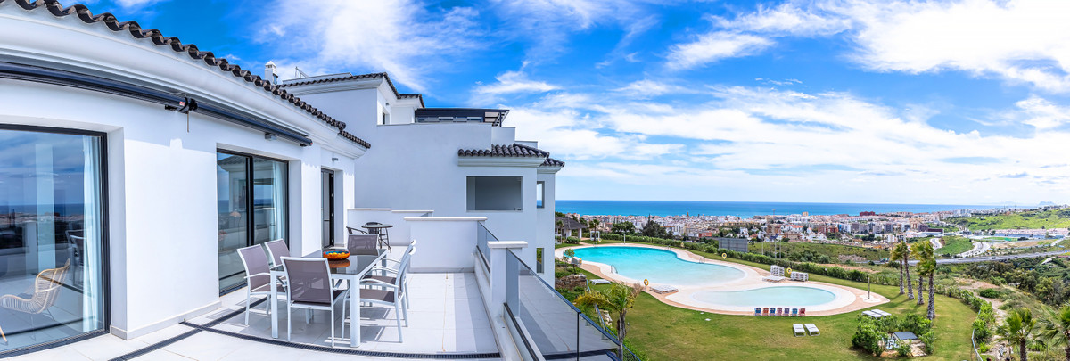 FANTASTIC MODERN STYLE PENTHOUSE, HIGH QUALITY AND LARGE ROOMS WITH SPECTACULAR PANORAMIC VIEWS TO T, Spain