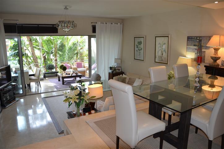 Apartamento Planta Baja en venta, Sotogrande – R2007282
