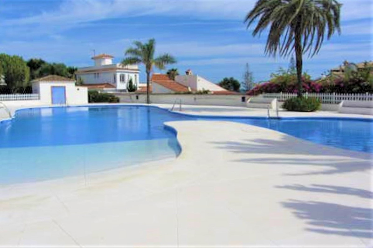 SITUATION, SITUATION, SITUATION !, 50M FROM THE BEACH! Beautiful TOWNHOUSE located in a complex on t, Spain