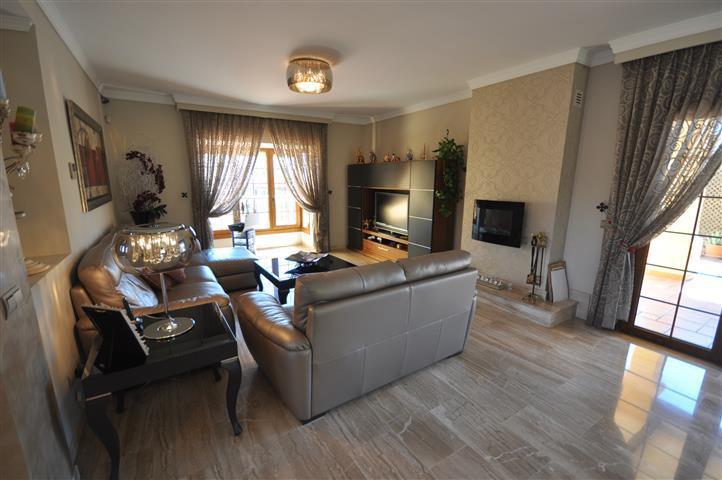 5 Dormitorio Villa en venta La Duquesa