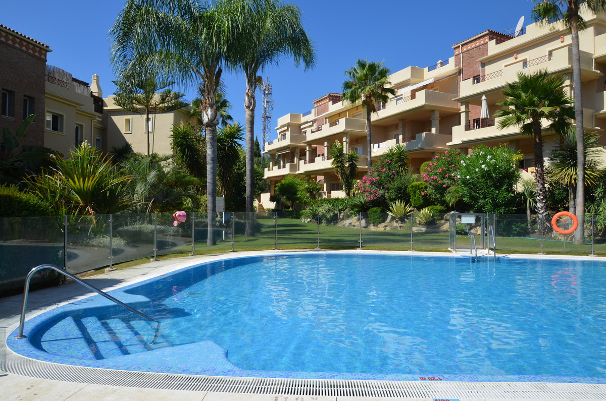 Ground floor apartment in community with lots of peace and tranquility in the heart of Los Flamingos,Spain