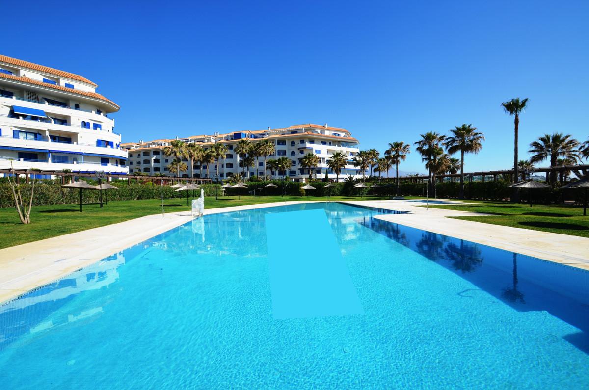 Apartamento Planta Baja en venta en San Luis de Sabinillas R3452620