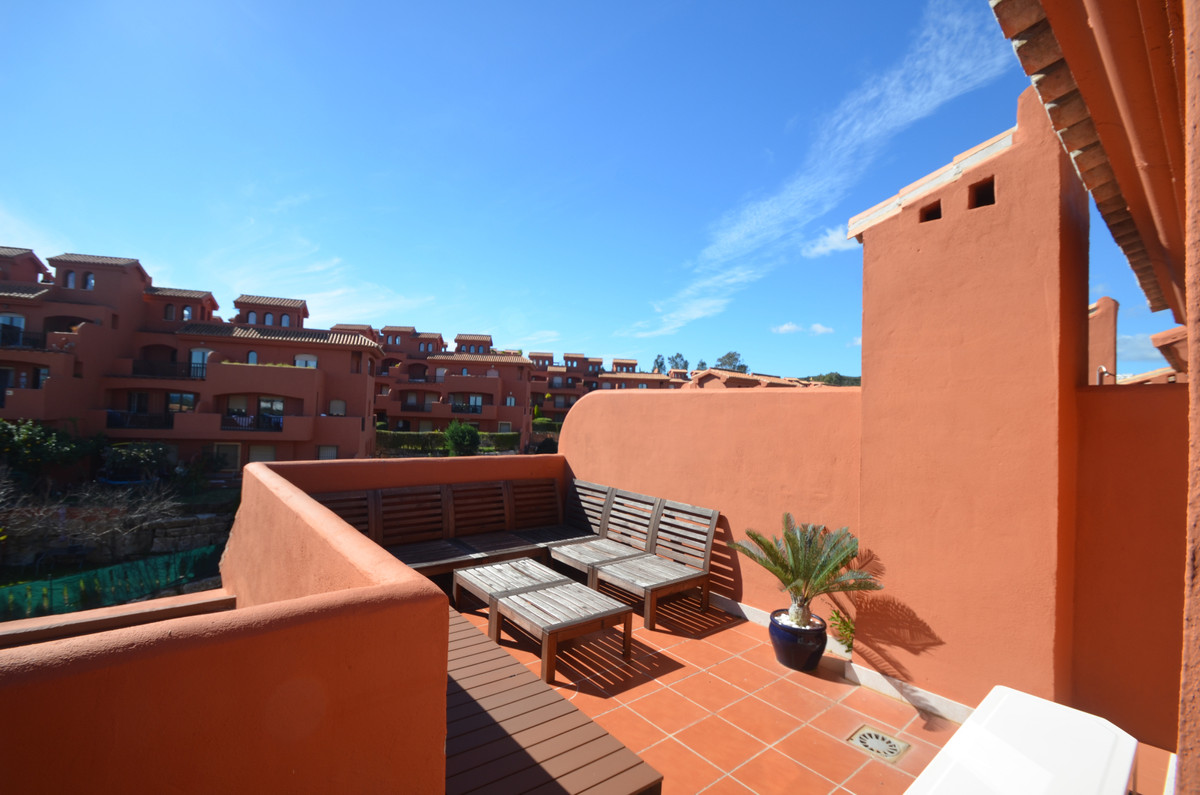 Top quality duplex penthouse apartment, south, east and west facing, with sun all day in the differe, Spain