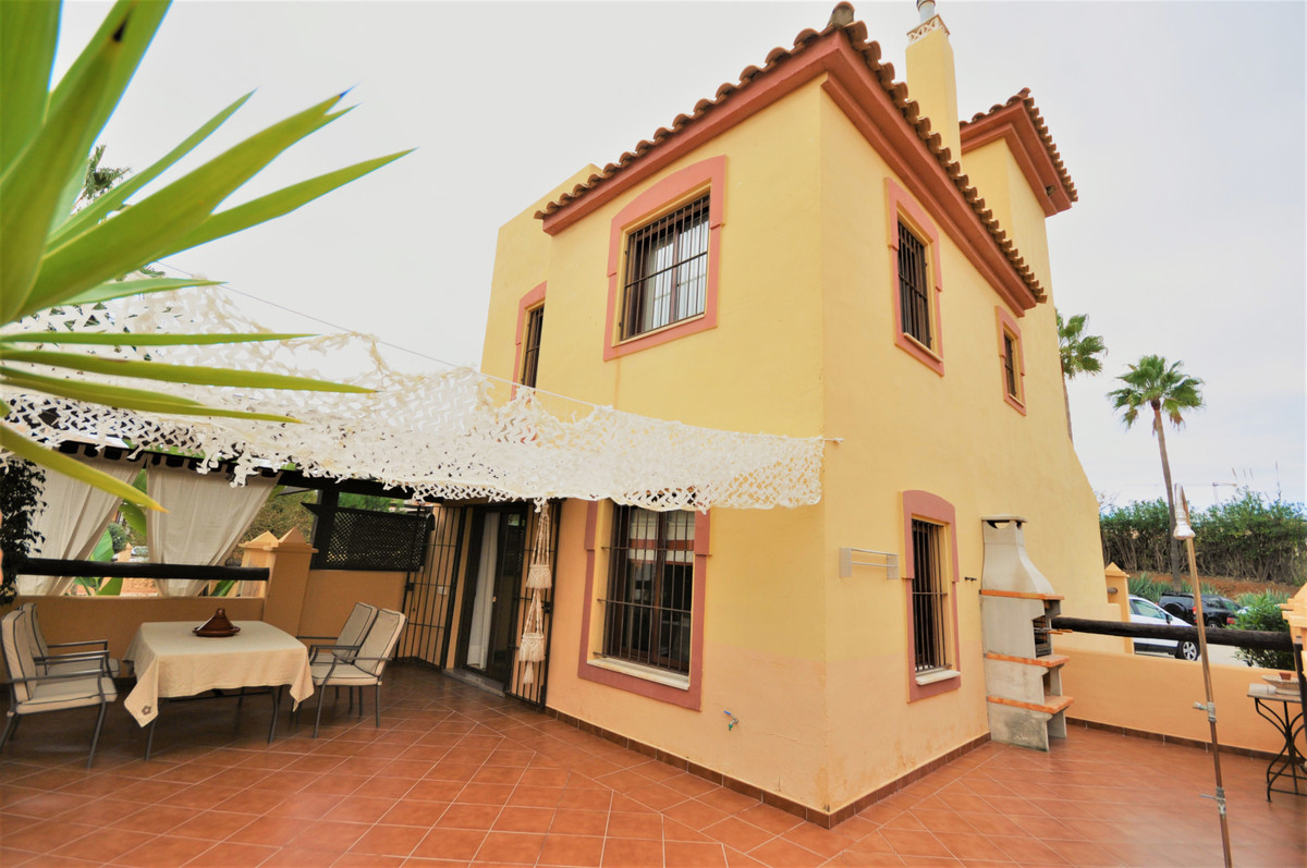 BEAUTIFUL SEMI-DETACHED TOWNHOUSE SITUATED IN A SECOND LINE BEACH COMPLEX, in the area of ??Casares ,Spain