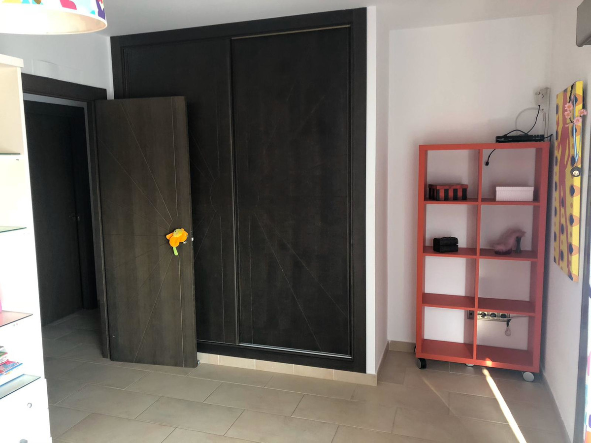 House in Algeciras R3640169 18