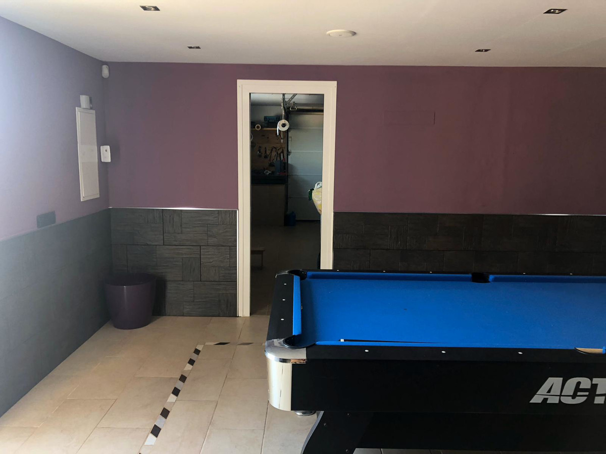 House in Algeciras R3640169 26