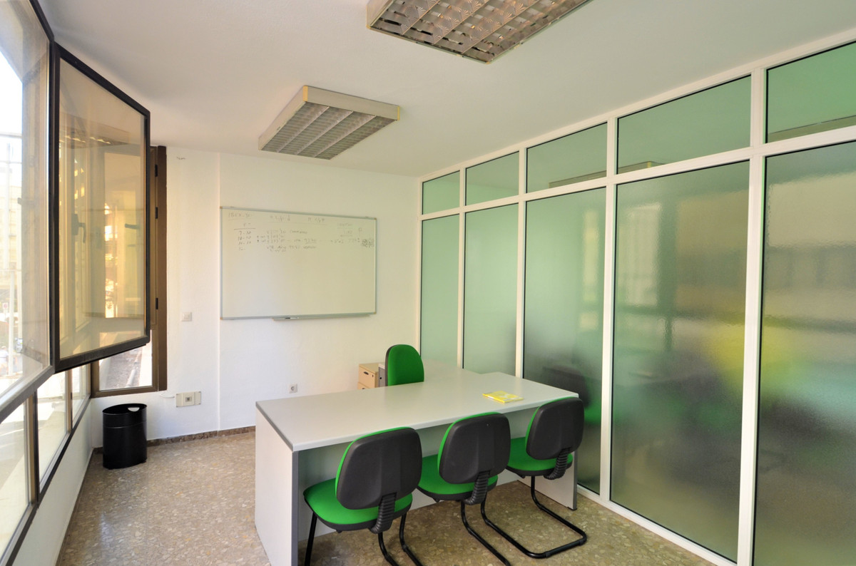 OPPORTUNITY APARTMENT ADAPTED AS AN OFFICE, very bright, in a building in the center of Estepona, in,Spain