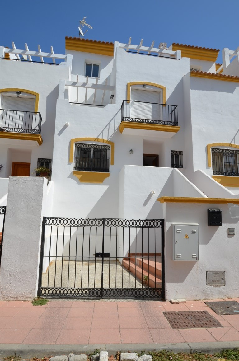 Townhouse, Terraced  for sale    en Manilva