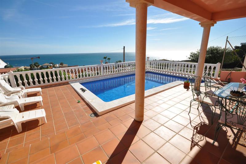 Marbella Banus Villa – Chalet en venta, Estepona – R142597