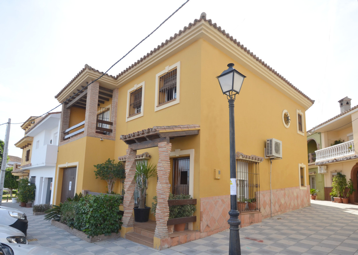 AWESOME RUSTIC STYLE SEMI-DETACHED HOUSE with an excellent location in the attractive village of PueSpain