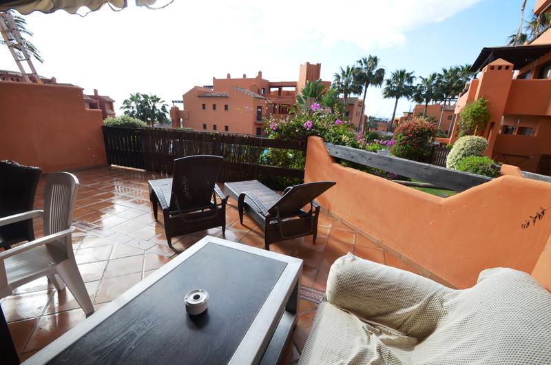 Apartamento Planta Baja en venta en Estepona – R3399280