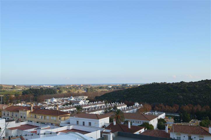 Townhouse Terraced in Guadiaro, Costa del Sol