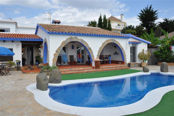 Freistehende Villa in Punta Chullera