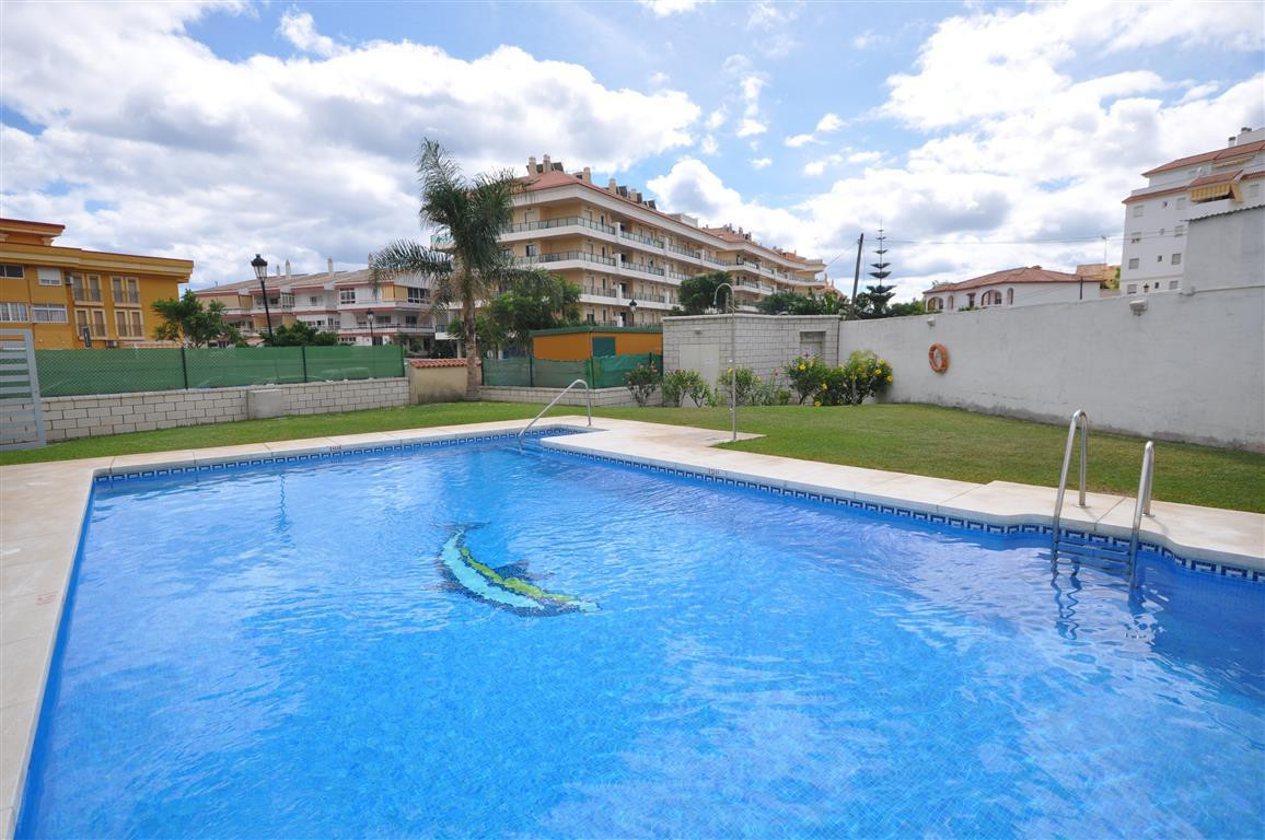 MAGNIFICENT OPPORTUNITY!!!. Apartment located in Sabinillas, recently finished building. Excellent q,Spain