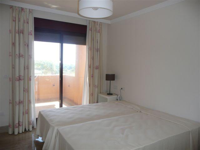 Apartamento Planta Media en venta, Sotogrande – R1912449