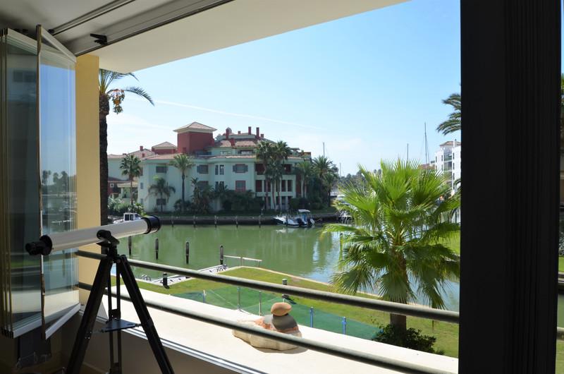 Apartamento Planta Media en venta, Sotogrande Marina – R3518185